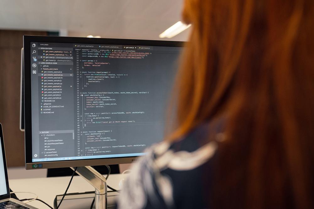 aggiornamenti del software compresi e automatici